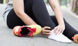 PLANTAR FASCIITIS – PREVENTION, SIGNS AND SYMPTOMS